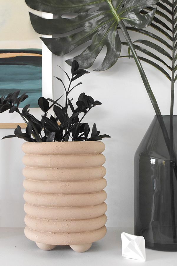 DIY Beige Ring Planter
