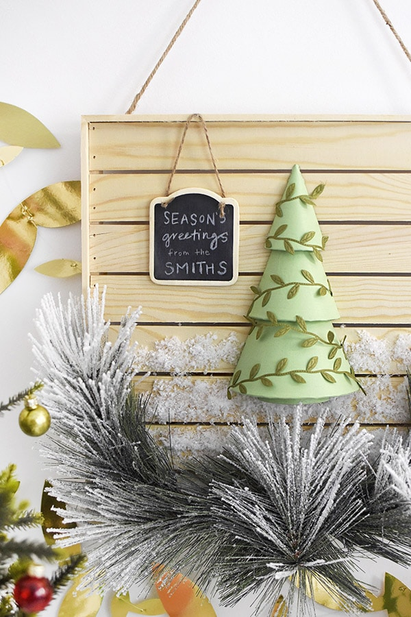 Wood Plank Holiday Sign