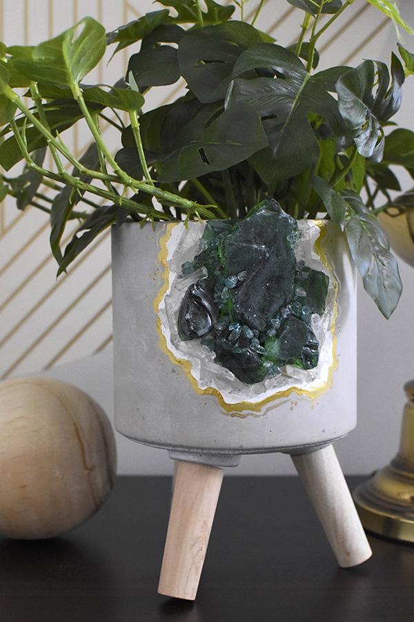 Green Geode Pot