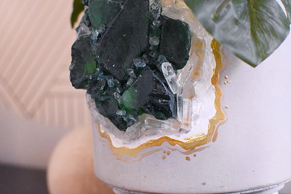 Emerald Geode pot