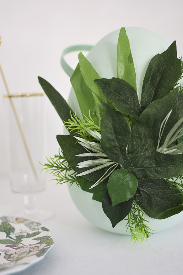 Easter Egg Decor DIY greenery, Delineate Your Dwelling #eastereggdecor #springegg #greenegg