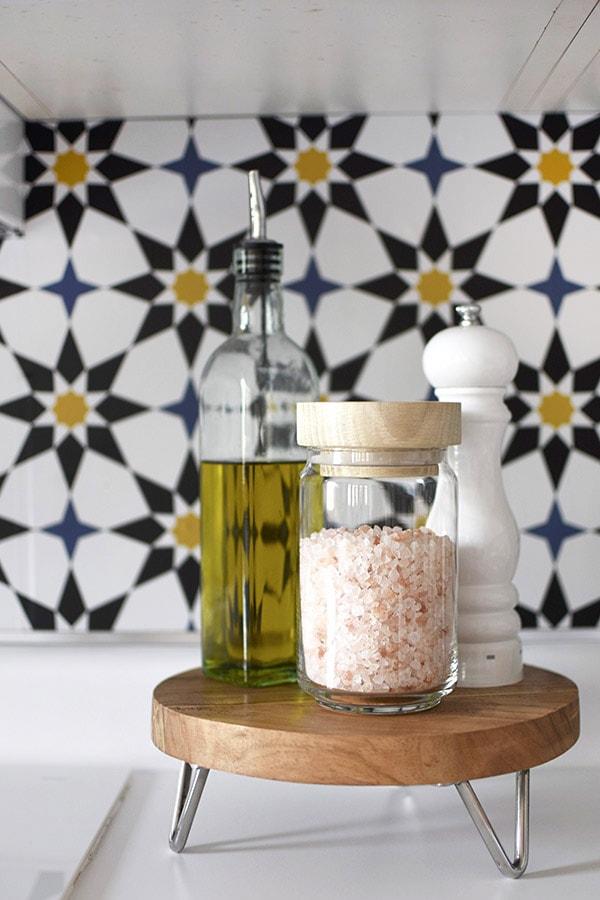 Install Kitchen Wallpaper Backsplash-3