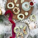 Holiday Meringue Cookie Wreaths
