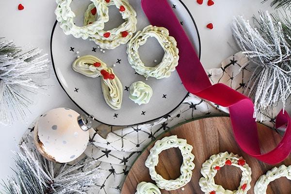 Meringue Cookie Wreaths