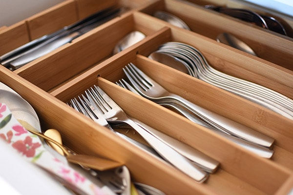 How to best Organize your Silverware. Tips for keeping your flatware tidy, clean and organized. Delineate Your Dwelling