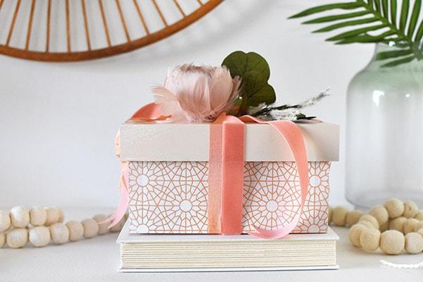 Lace Pattern Painted Box