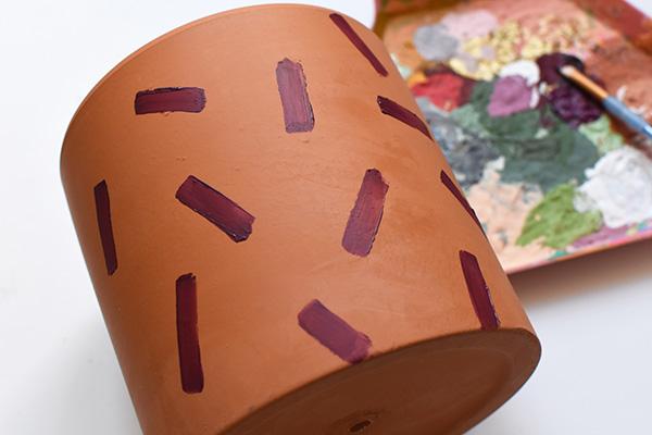 Brushstroke Painting on pot