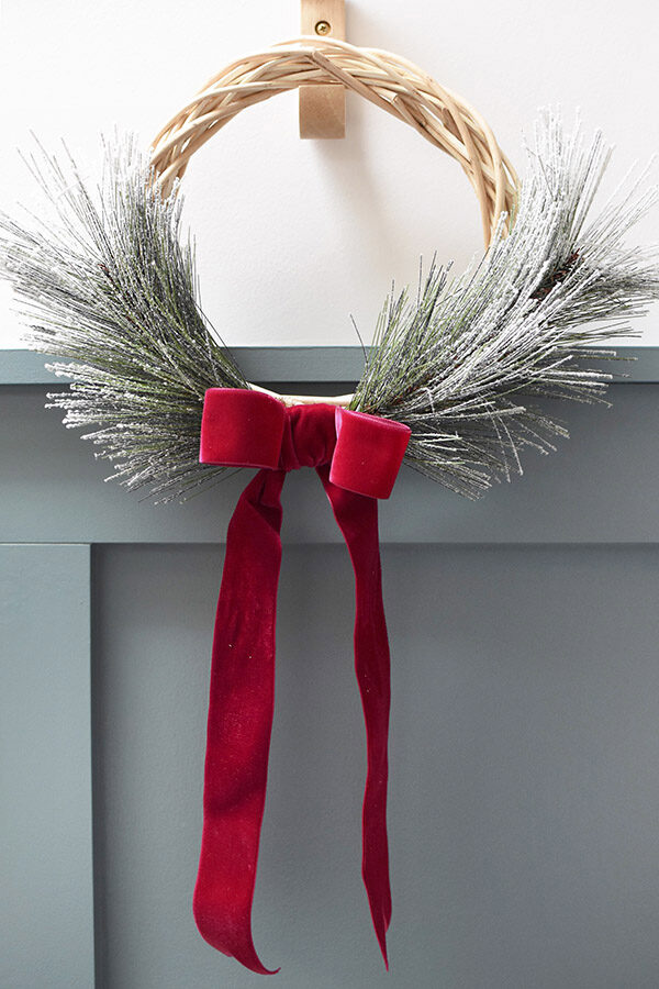 Simple Evergreen Wreath