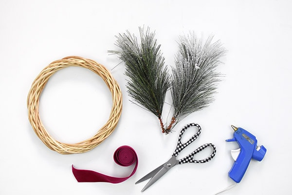 Evergreen Wreath supplies