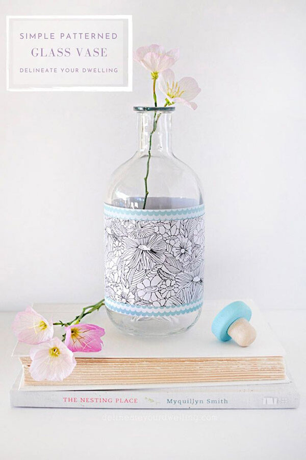 Simple Glass Vase flowers